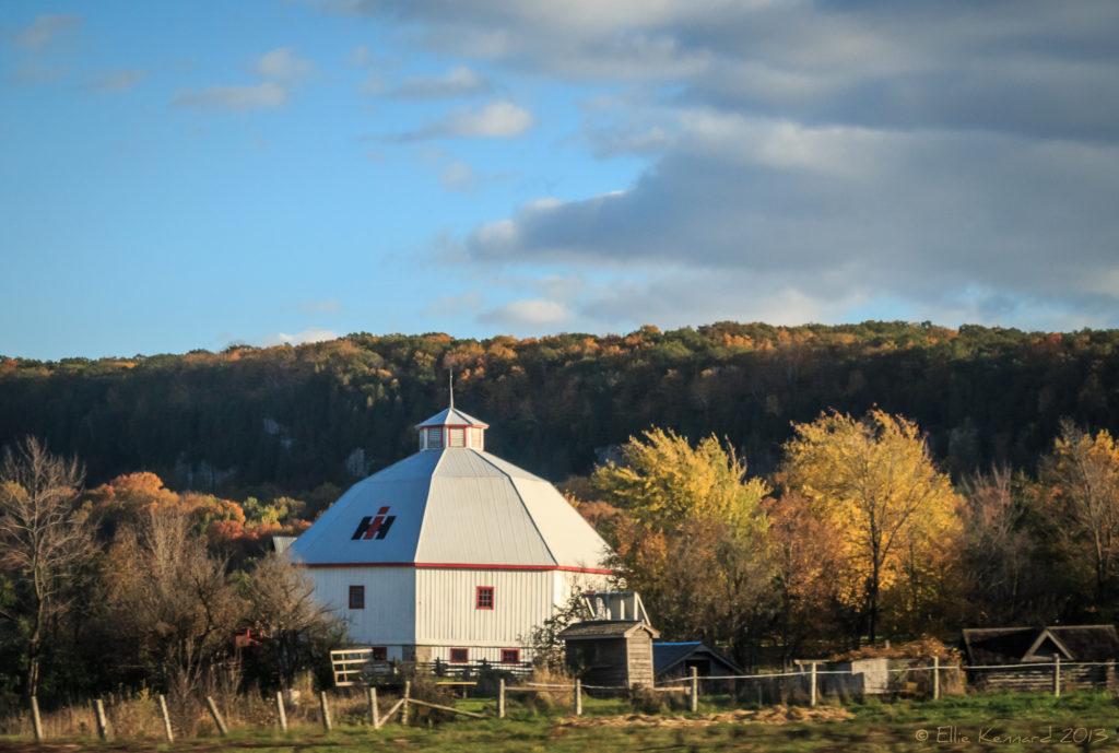 Round barn, Ontario - Ellie Kennard 2013